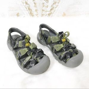 Keen baby sandals Size 7 month